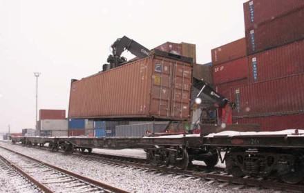 Положительная тенденция роста объема контейнерных перевозок